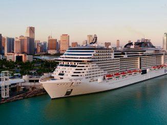 msc meraviglia, nave da crociera nel porto di Miami